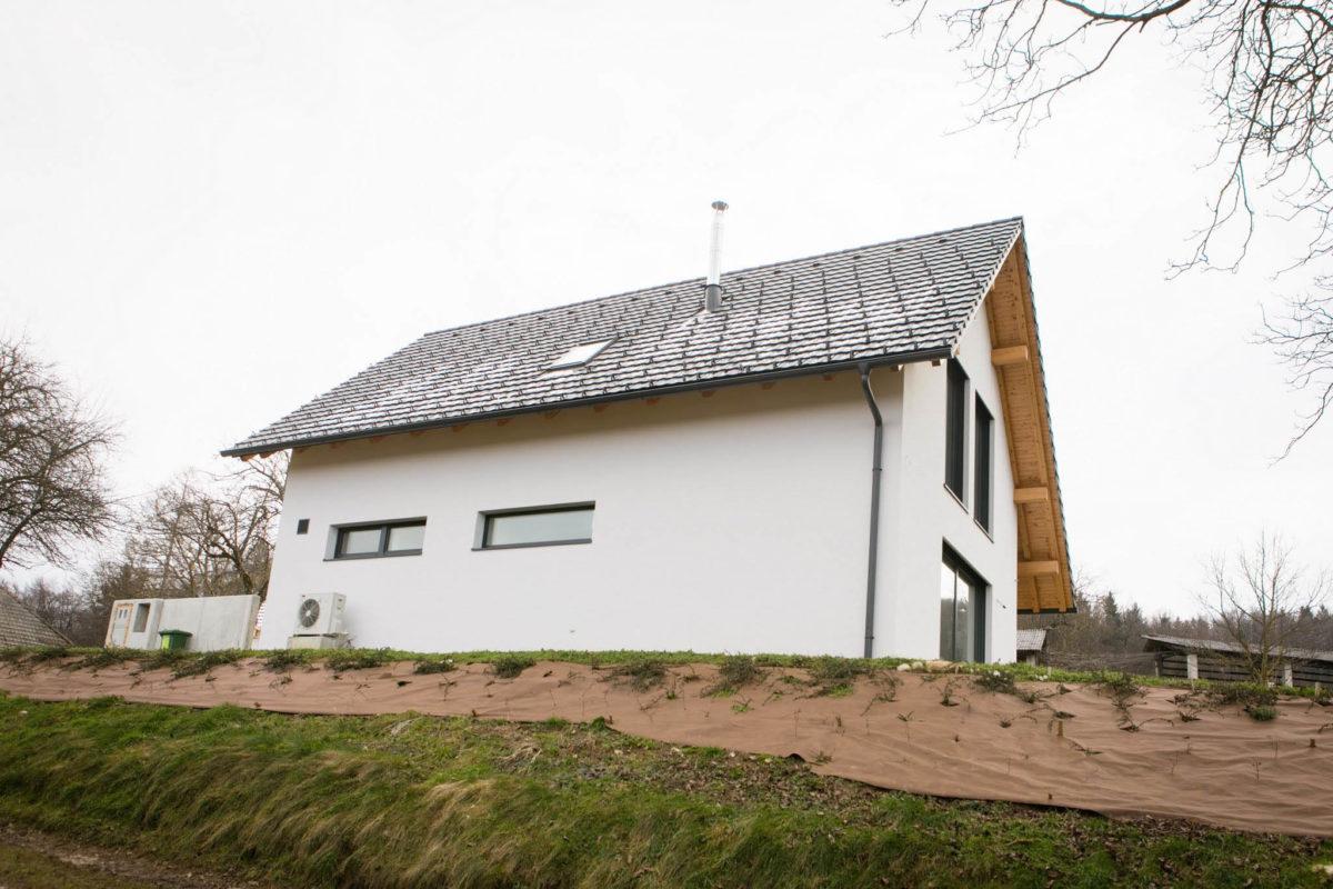 Pasivna enostanovanjska hiša